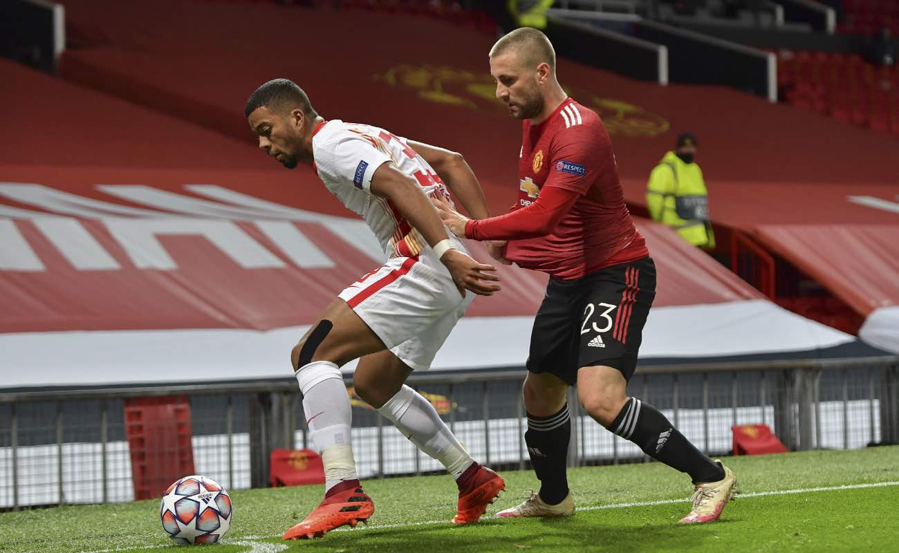 Benjamin Henrichs of RB Leipzig and Luke Shaw of Manchester United at UEFA Champions League October 2020. Photo by Vincent Mignott/ Getty Images