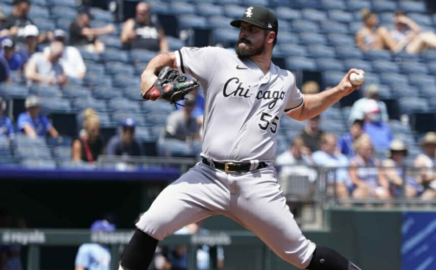 Carlos Rodón #55 of the Chicago White Sox throws in the first inning against the Kansas City Royals on July 29, 2021 in Kansas City, Missouri. (Photo by Ed Zurga/Getty Images)