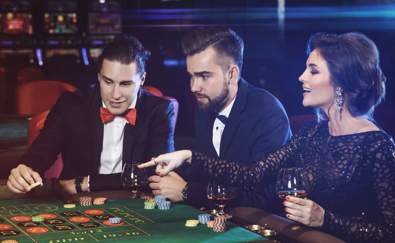 Benefits of Playing Online with a Real Casino - BetMGM