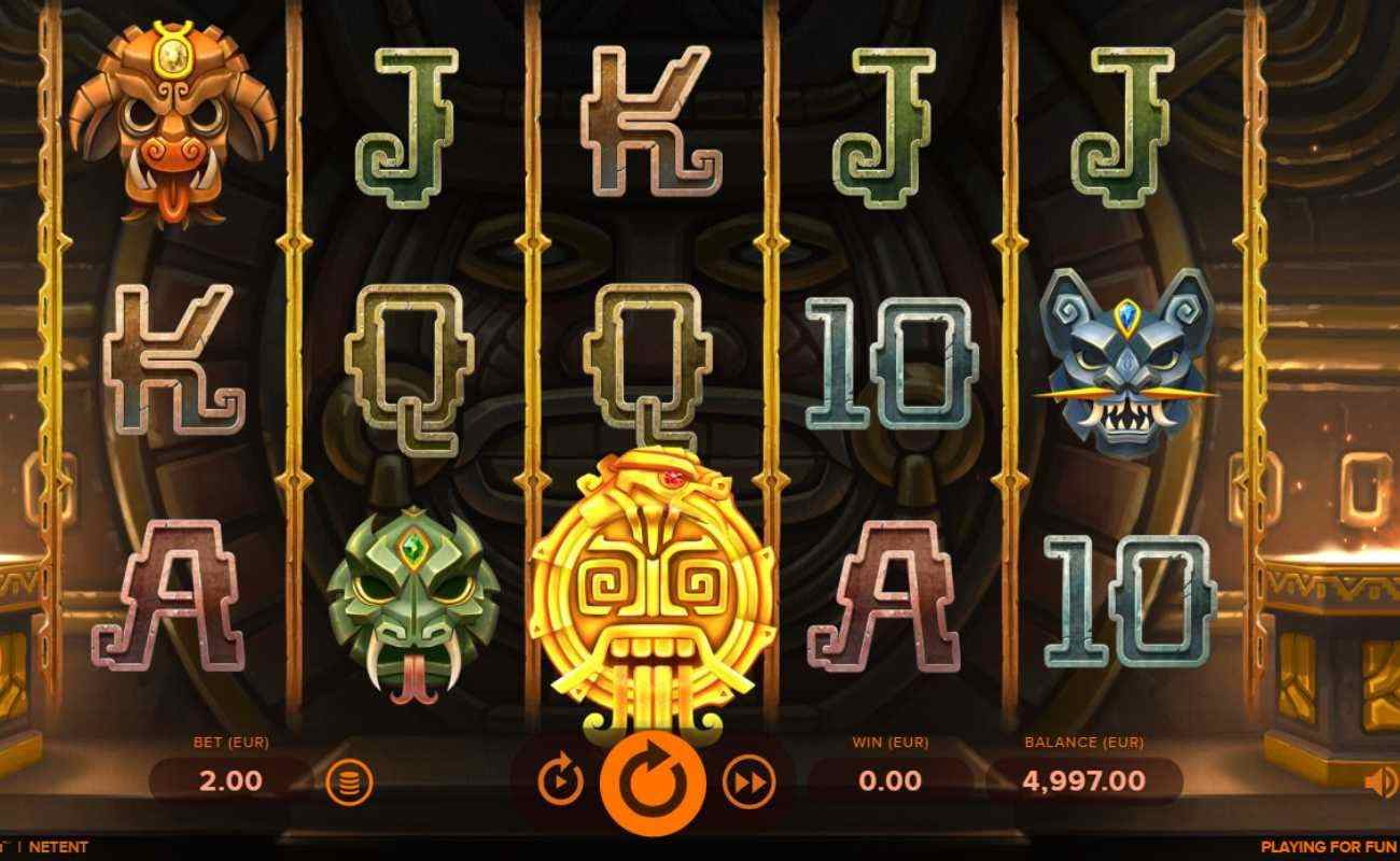 Rise of Maya slot screenshot with Mayan themed symbols