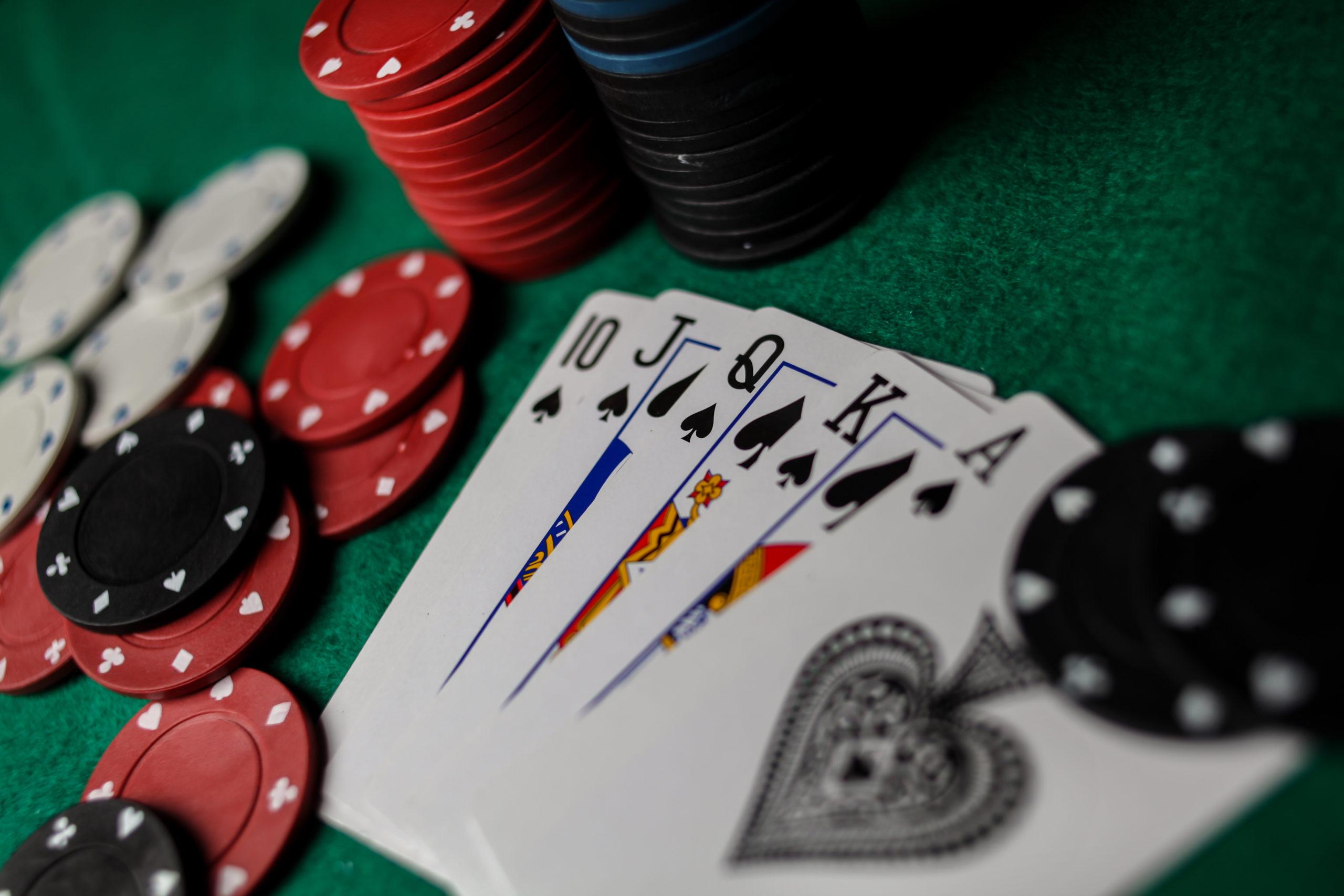 Defensive betting in poker