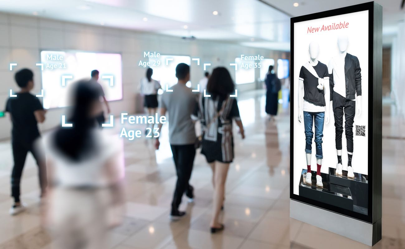 Augmented reality marketing and face recognition concept featuring Intelligent Digital Signage