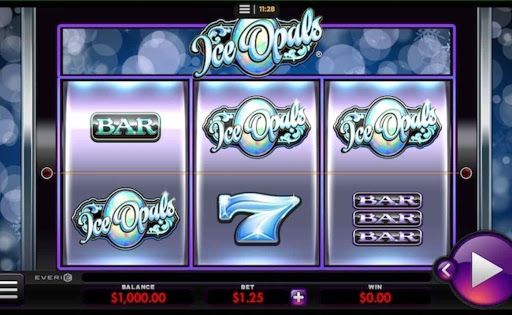 Screenshot of Ice Opals, an online slot by Everi.