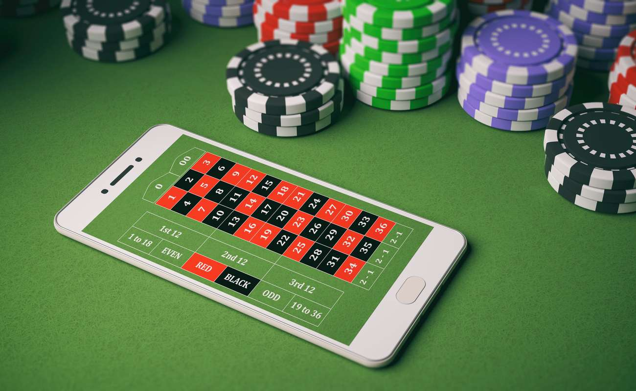 Online roulette on a smartphone.