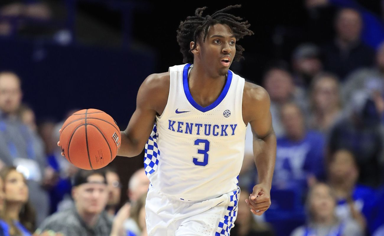 Tyrese Maxey #3 of the Kentucky Wildcats dribbling basketball