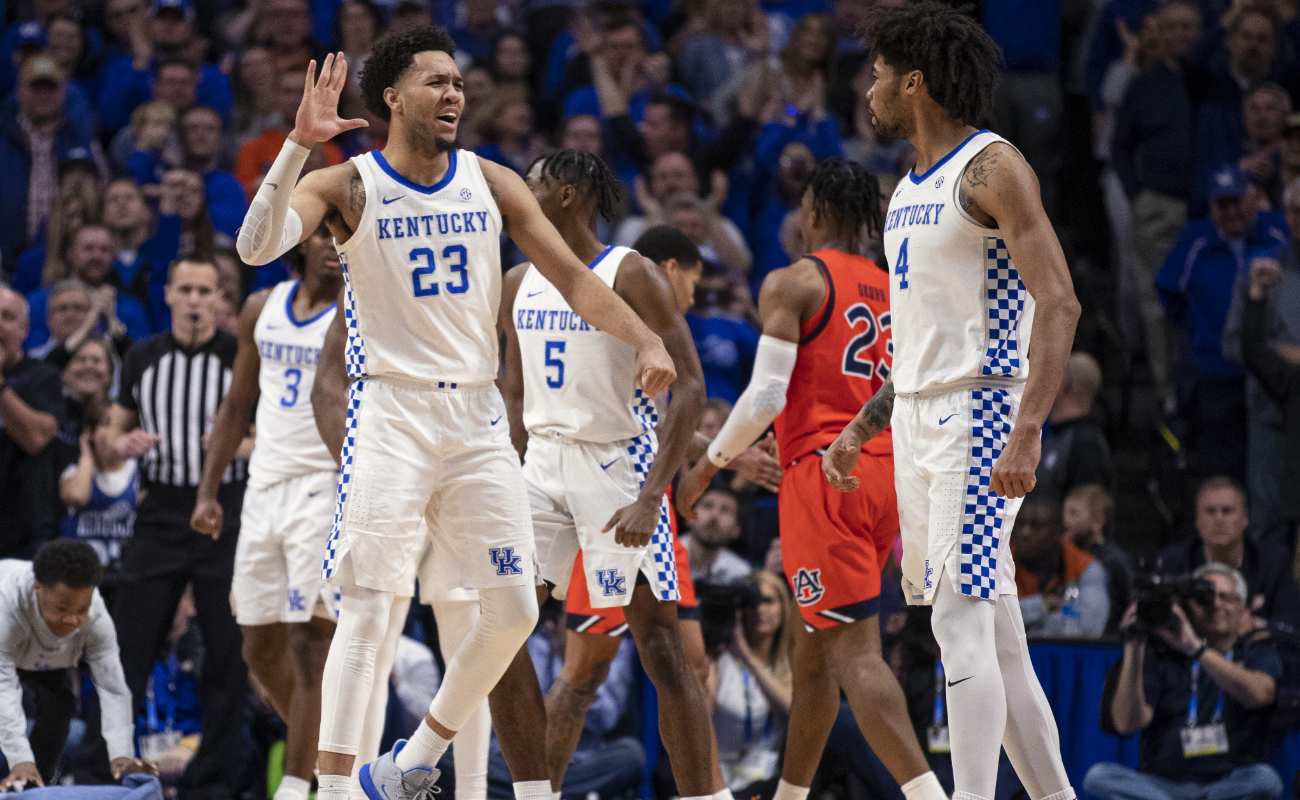 EJ Montgomery #23 and Nick Richards #4 of  Kentucky Wildcats celebrate during game at Rupp Arena