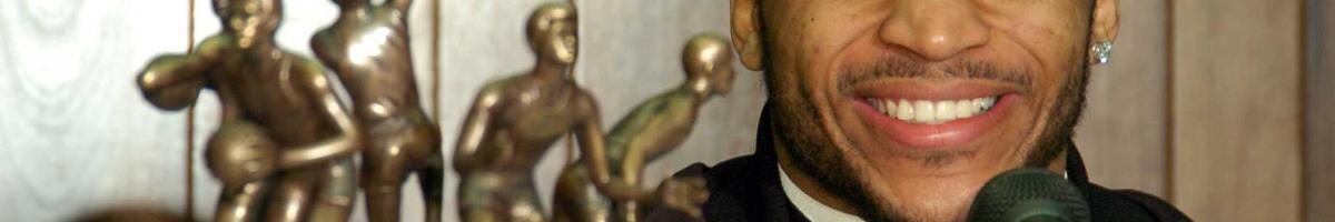 Jameer Nelson receiving the John Wooden Award