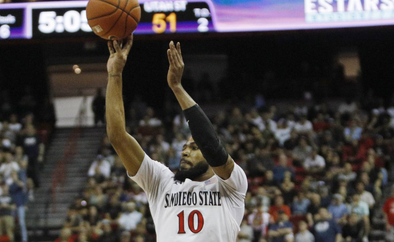 KJ Feagin #10 of the San Diego State Aztecs goes for the shot during the championship game of Mountain West Conference basketball tournament