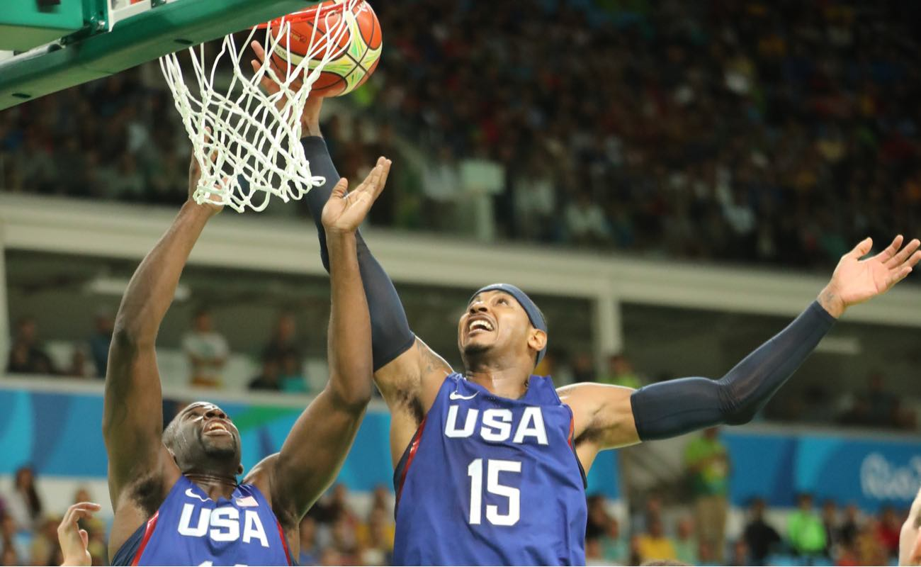 Carmelo Anthony scoring goal at Rio 2016 Olympic Games