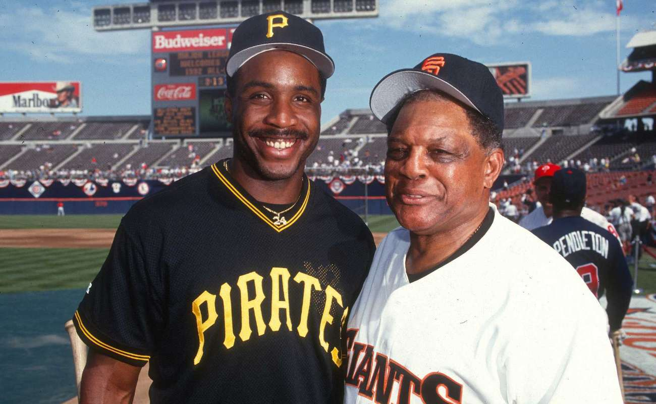 Barry Bonds of the Pittsburgh Pirates and Willie Mays of San Francisco Giants, pose before a MLB All Star game in 1992