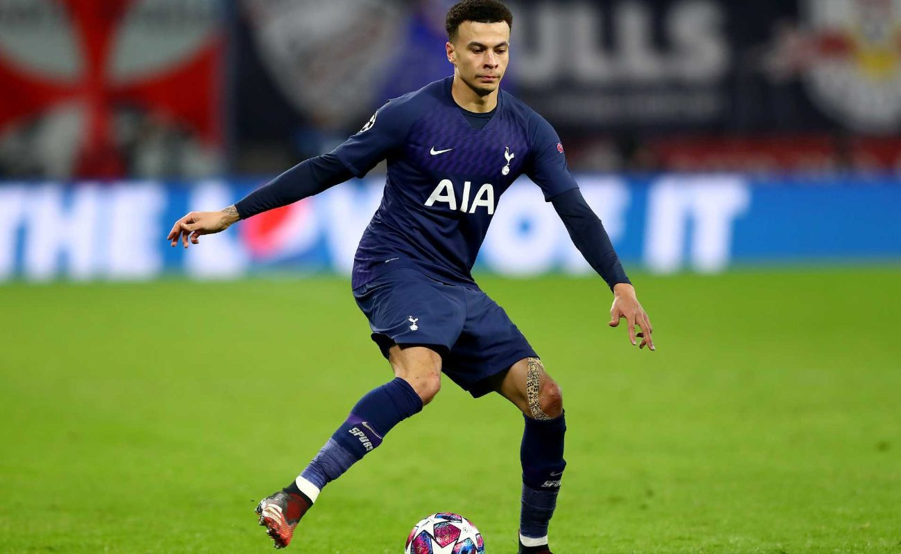 Dele Alli of Tottenham runs with the ball during the UEFA Champions League