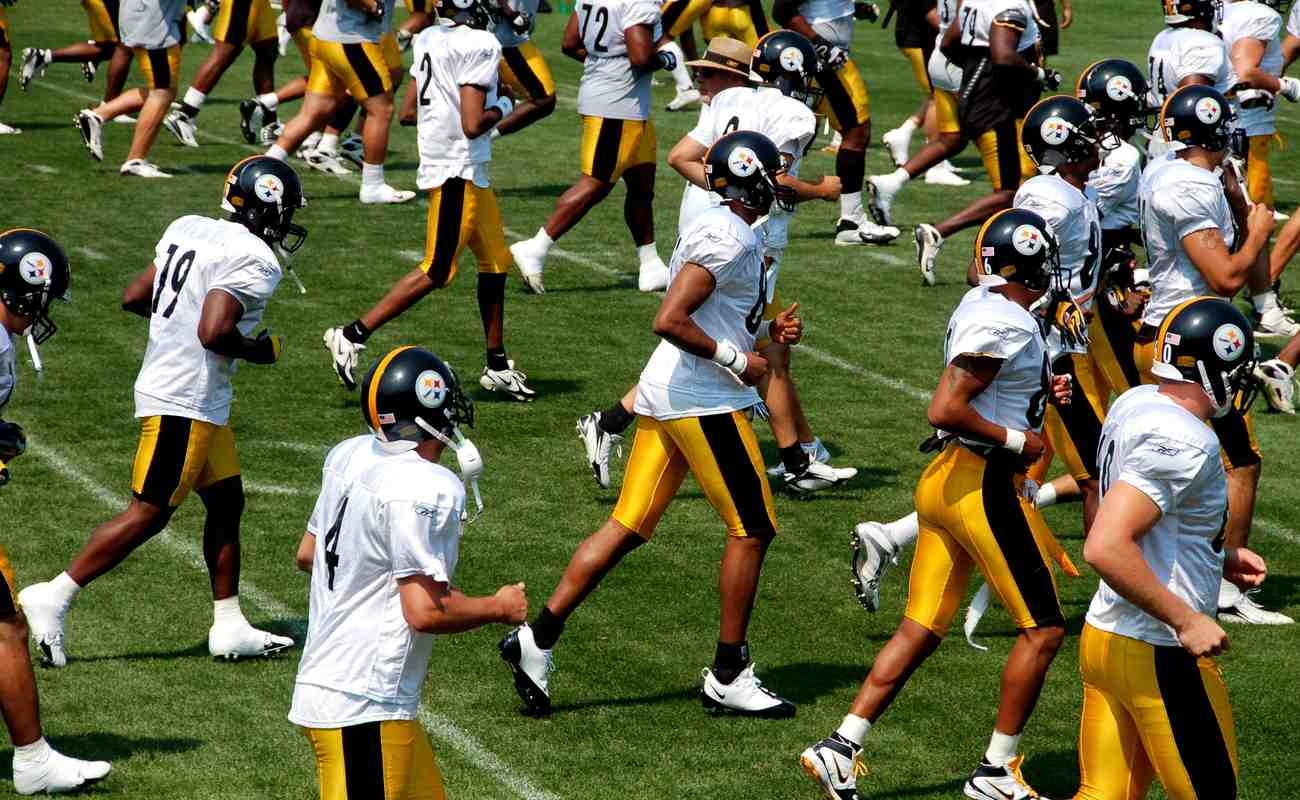 Pittsburgh Steelers team practicing at training camp