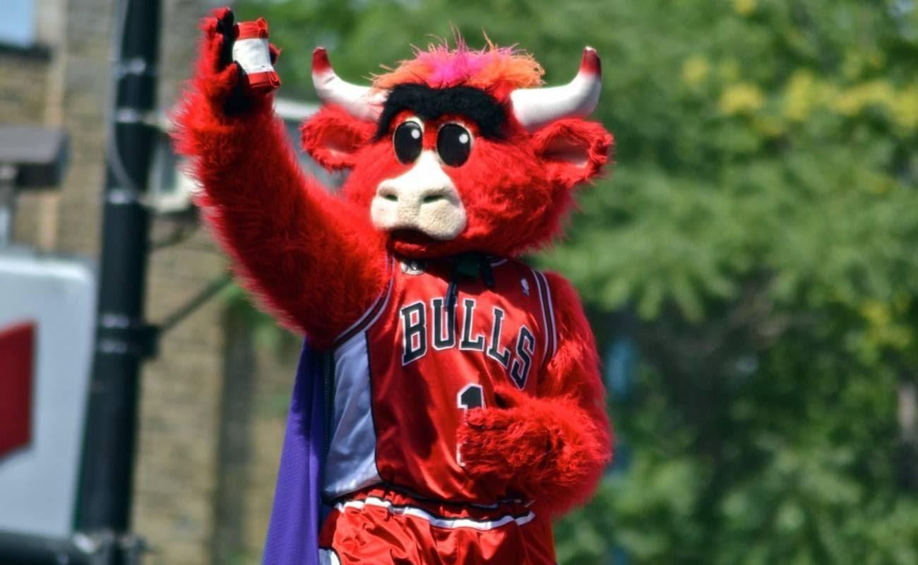 Chicago Bulls team mascot Benny the Bull
