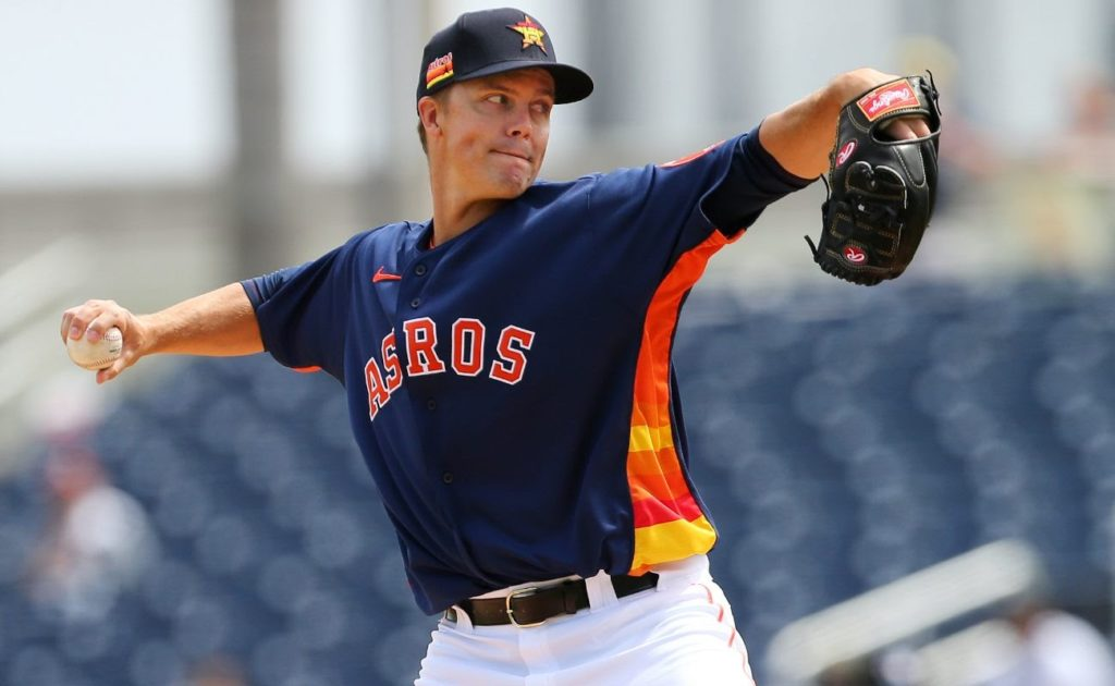 Zack Greinke #21 of the Houston Astros in action against the Detroit Tigers during a spring training baseball game