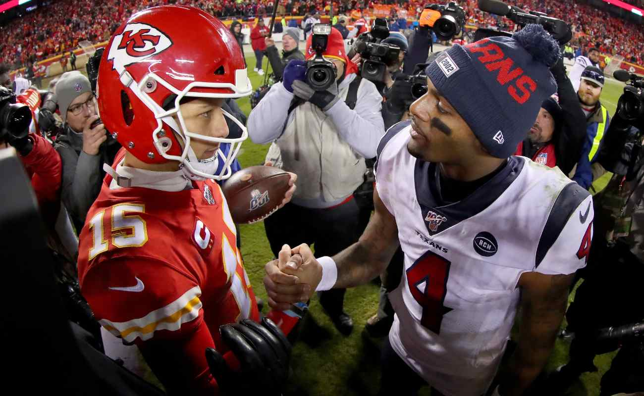 Patrick Mahomes of The Kansas City Chiefs and Deshaun Watson of The Houston Texans shake hands