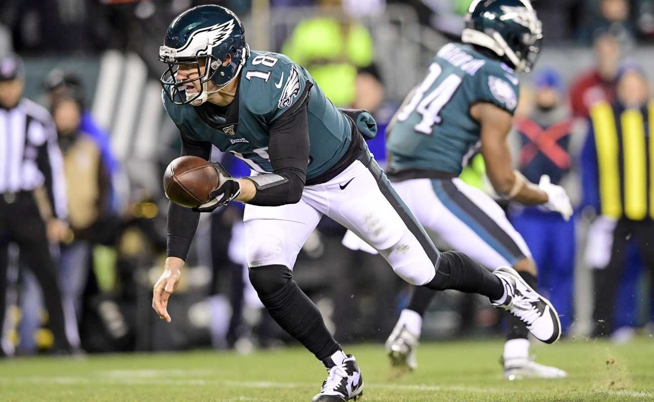 Josh McCown of Philadelphia Eagles against Seattle Seahawks in NFC Wild Card Playoff game