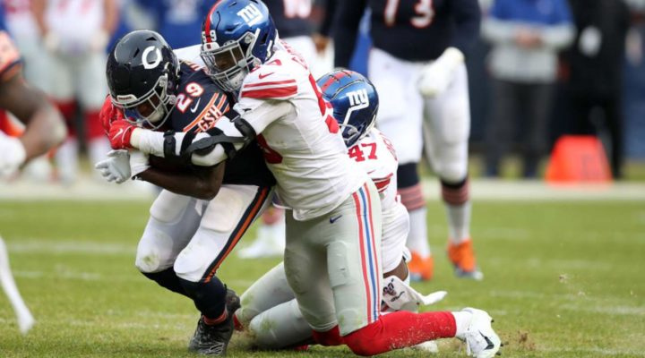 Lorenzo Carter #59 of the New York Giants in action during the game against the Chicago Bears