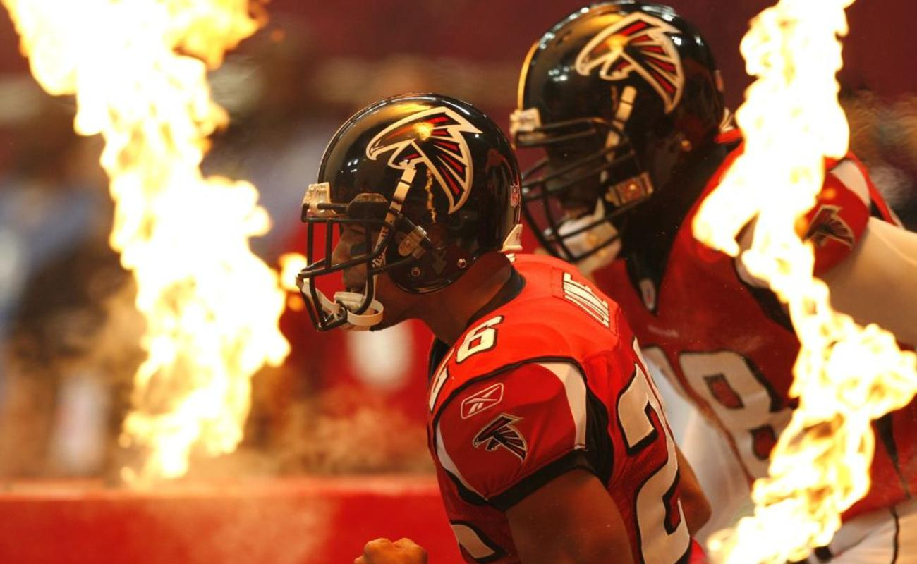 The Atlanta Falcons take to the field before the game against the Dallas Cowboys