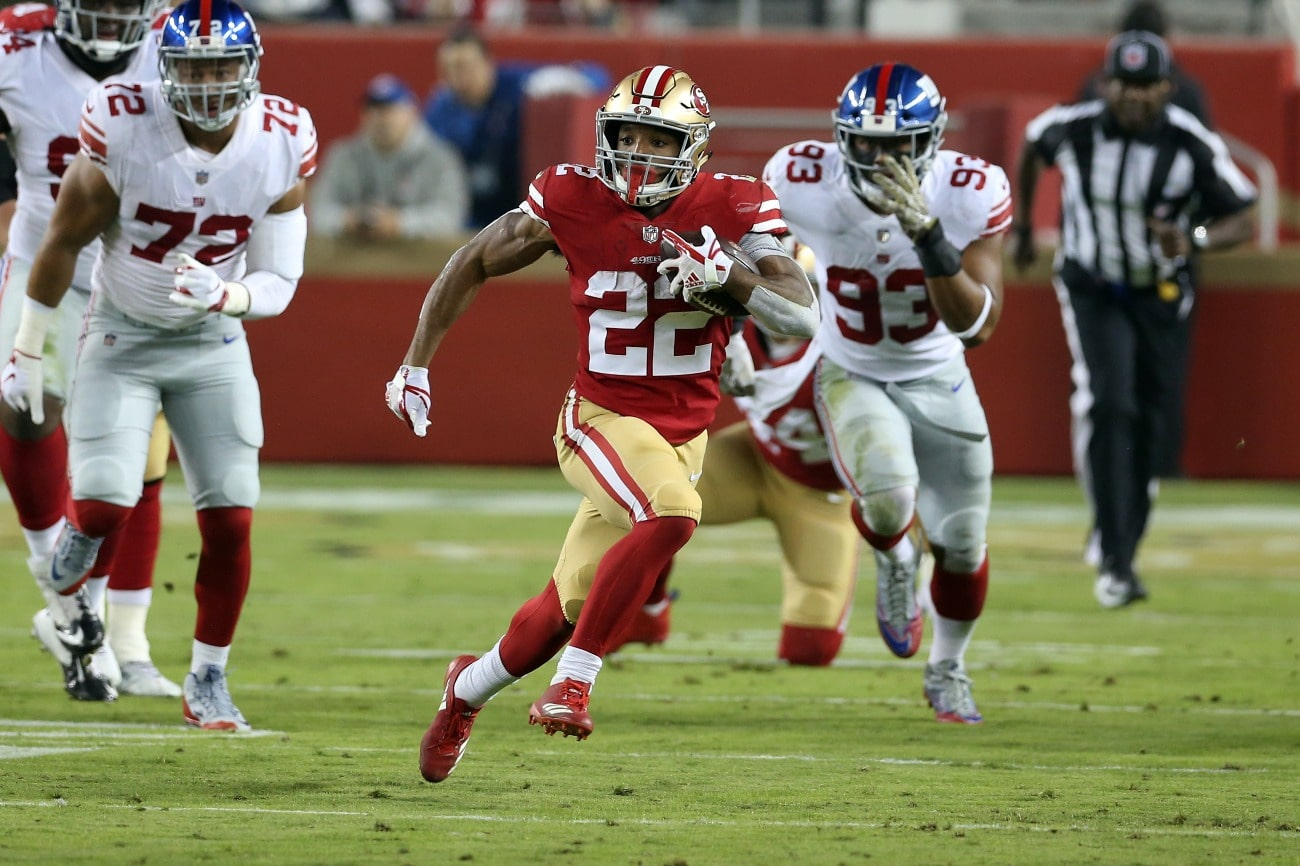 Matt Breida #22 of the San Francisco 49ers runs with the ball during the game against the New York Giants at Levi Stadium on November 11, 2018 in Santa Clara, CA.
