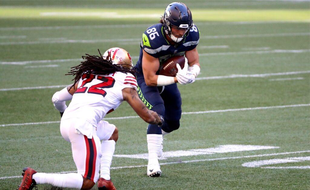 Jacob Hollister of Seattle Seahawks against Jason Verrett of San Francisco 49ers at CenturyLink Field November 2020.