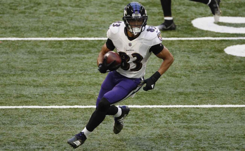 Willie Snead IV of Baltimore Ravens runs against the Indianapolis Colts at Lucas Oil Stadium November 2020.