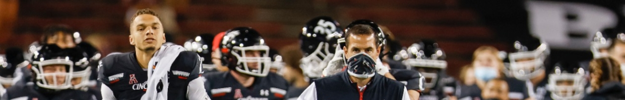 Head coach Luke Fickell of the Cincinnati Bearcats is seen during the game against the Houston Cougars at Nippert Stadium on November 7, 2020 in Cincinnati, Ohio. (Photo by Michael Hickey/Getty Images)