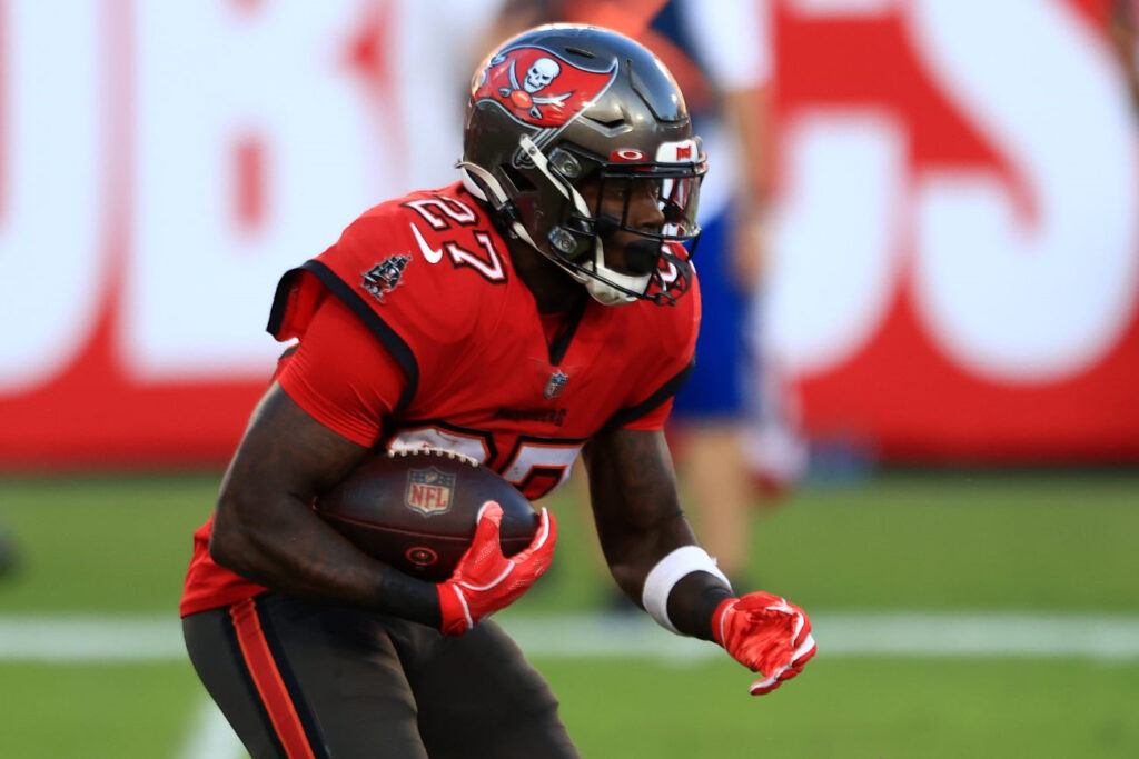 Ronald Jones II of the Tampa Bay Buccaneers carries the ball. Photo by Mike Ehrmann/Getty Images