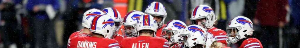 ORCHARD PARK, NEW YORK - DECEMBER 13: Buffalo Bills offense huddles during the second quarter against the Pittsburgh Steelers at Bills Stadium on December 13, 2020 in Orchard Park, New York. (Photo by Bryan Bennett/Getty Images)