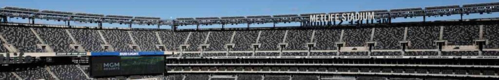 EAST RUTHERFORD, NEW JERSEY - DECEMBER 06: A general view of MetLife Stadium during the first half between the Las Vegas Raiders and the New York Jets on December 06, 2020 in East Rutherford, New Jersey. (Photo by Al Bello/Getty Images)