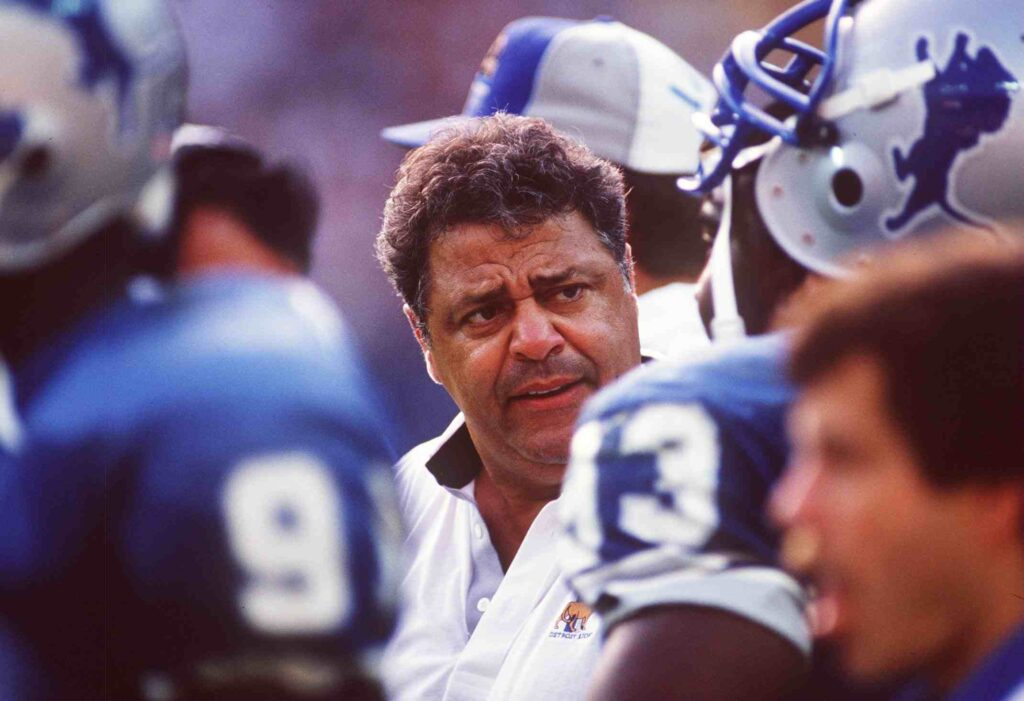 20 SEP 1992: WAYNE FONTES, HEAD COACH OF THE Detroit LIONS ON THE SIDELINES DURING THEIR LOSS TO THE WASHINGTON REDSKINS. Mandatory Credit: Rick Stewart/ALLSPORT