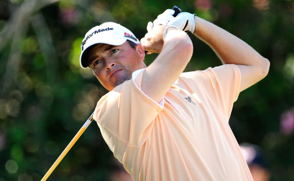 JANUARY 15: Ryan Palmer plays a shot on the 9th hole during the second round of the Sony Open at Waialae Country Club on January 15, 2010 in Honolulu, Hawaii.