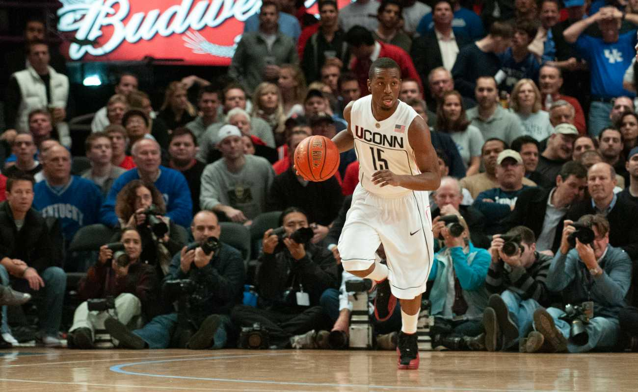 NEW YORK, NEW YORK - DECEMBER 09: Kemba Walker #15 of the Connecticut Huskies at Madison Square Garden on December 9, 2009 in New York City. (Photo by Benjamin Solomon/Getty Images)