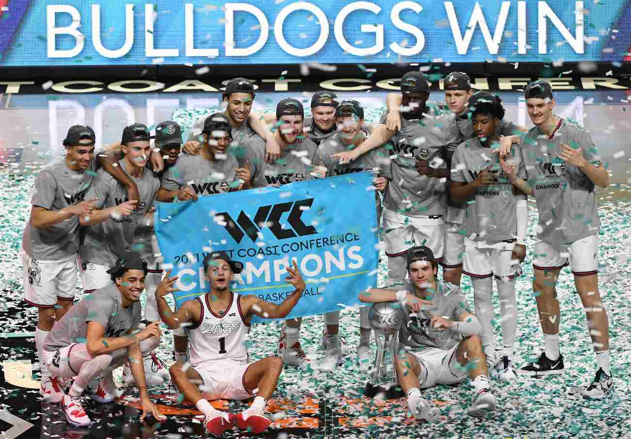 LAS VEGAS, NEVADA - MARCH 09: The Gonzaga Bulldogs celebrate on the court after their 88-78 victory over the Brigham Young Cougars to win the championship game of the West Coast Conference basketball tournament at the Orleans Arena on March 9, 2021 in Las Vegas, Nevada. (Photo by Ethan Miller/Getty Images)