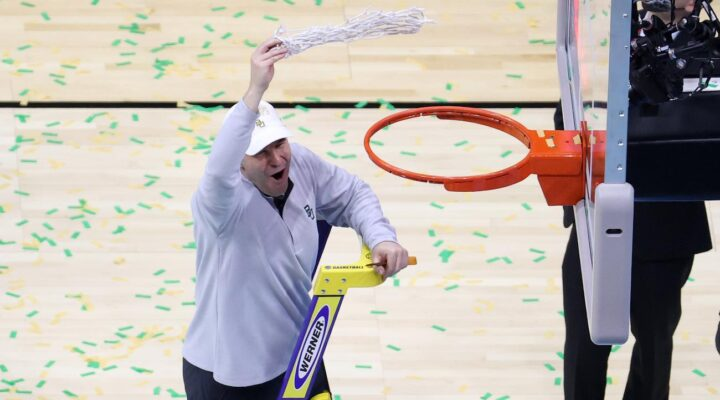INDIANAPOLIS, INDIANA - APRIL 05: Head coach Scott Drew of the Baylor Bears cuts down the nets after defeating the Gonzaga Bulldogs in the National Championship game of the 2021 NCAA Men's Basketball Tournament at Lucas Oil Stadium on April 05, 2021 in Indianapolis, Indiana. The Baylor Bears defeated the Gonzaga Bulldogs 86-70. (Photo by Andy Lyons/Getty Images)
