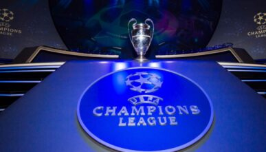 Alt: Champions League logo on a blue background - Photo by Visionhaus/Getty Images
