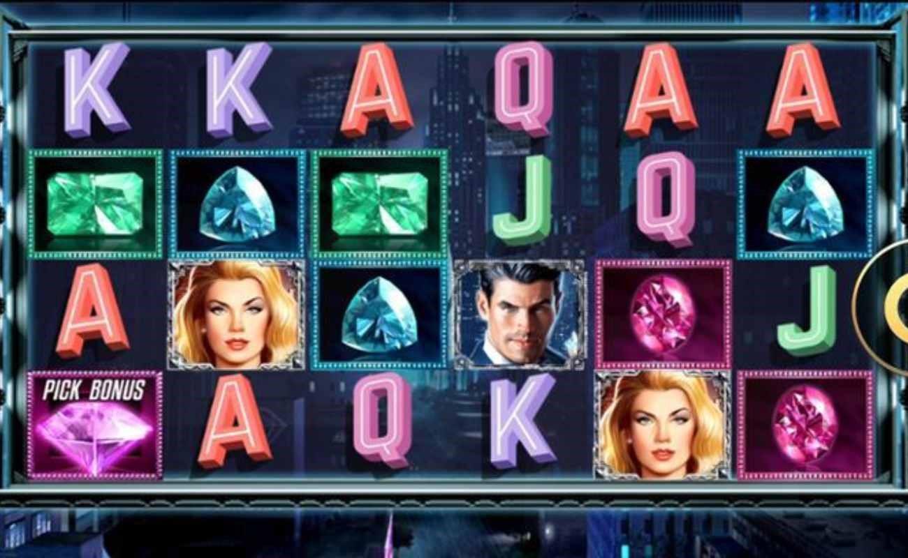 Shadow Diamond: Noir online slot by High 5 Games.