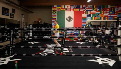 SAN DIEGO, CALIFORNIA - APRIL 07: Boxer Canelo Àlvarez of Mexico jumps rope while training during media availability event on April 07, 2021 in San Diego, California. Àlvarez is training for his upcoming fight against Billy Joe Saunders of England on May 8, 2021 in Arlington, Texas. (Photo by Sean M. Haffey/Getty Images)